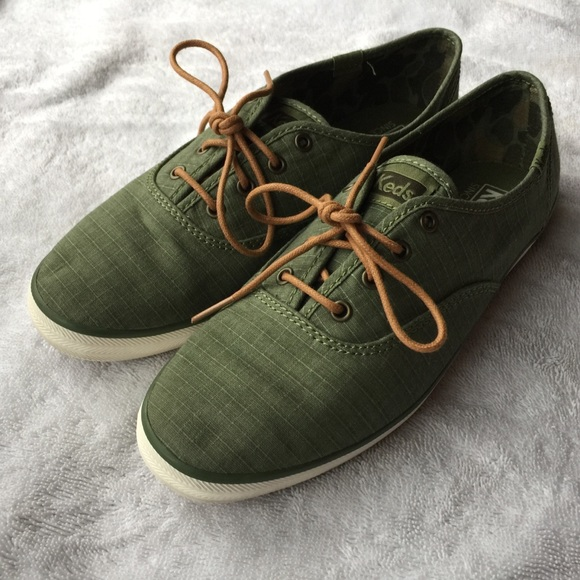 613e4ced33da93 Keds Shoes - Keds Army Green Canvas Sneaker